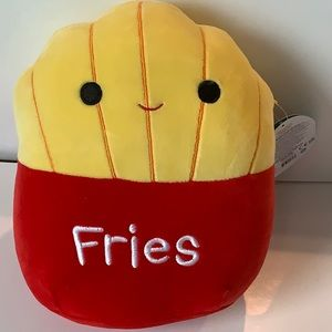 Squishmallow New Floyd Fries 🍟 brand new